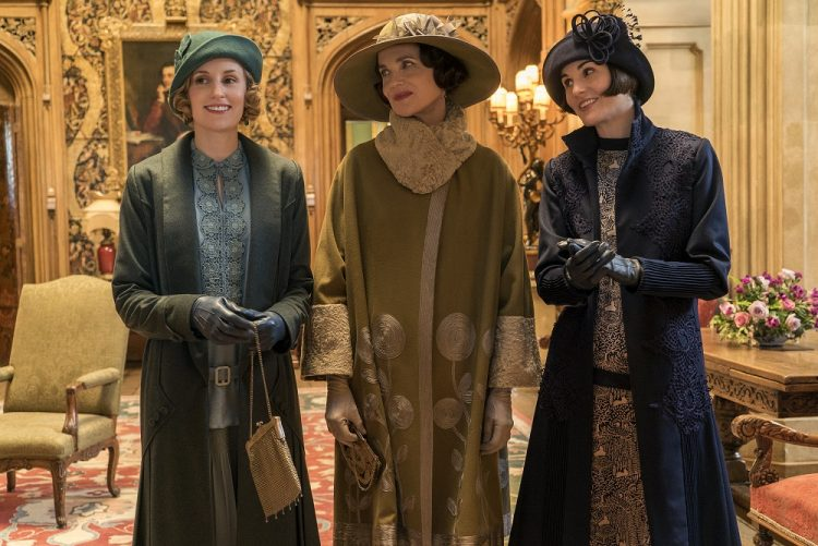 Costume Designer Anna Robbins On Creating The Royal Look Of Downton Abbey Awardsdaily The Oscars The Films And Everything In Between